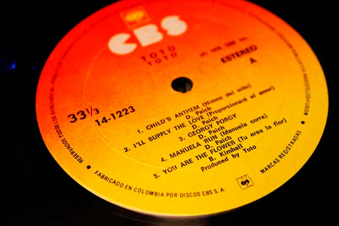 """Toto - """"Toto"""" 1978 CBS Inc. Propiedad de Julián Franco, exibido en 4Works Studio."""
