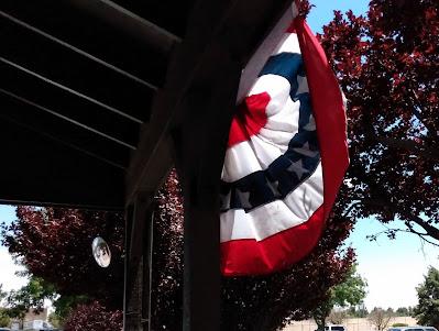 usa patriotic bunting at cracker barrel