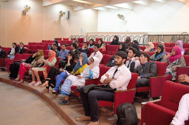 The Crowd Listioning to the Workshop by Syed Faizan Ali