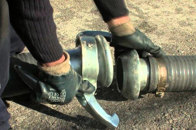 Mantenimiento de alcantarillas y vaciado de fosas sépticas