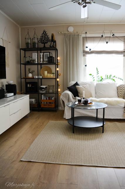 olohuone sisustus vuonna 2019 olohuoneen sissutus boho ektorp sohva livingroom skandinaavinen vittsjö