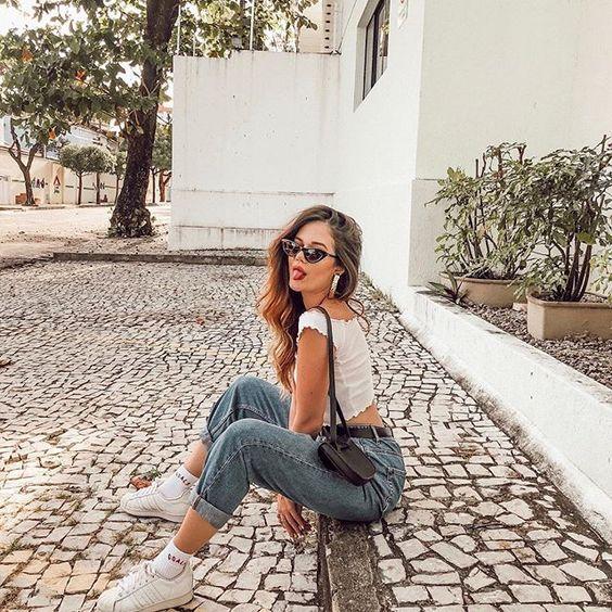 Inspirações para tirar uma boa foto tumblr é muito importante, principalmente por se tratar de algo que requer angulo, luz e posicionamento. Ter uma ideias base para começar a desenvolver a sua própria criação é muito importante. Por isso separei 10 ideias maravilhosas que vão te ajudar a ter o seu próprio estilo e deixar a sua marcar no Instagram. E dessa forma bombar muito na internet.