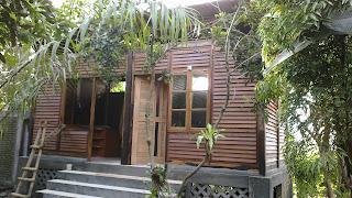 rumah kayu atap sirap