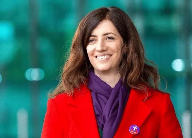 Una donna albanese di svizzera, Ylfete Fanaj, diventa la prima presidente di Lucerna con origini immigrate