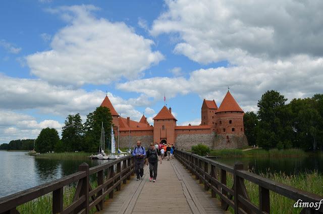 f1edc45d932 Πρώτα πήγαμε να επισκεφτούμε το Εθνικό Μουσείο της Λιθουανίας, μετά κάναμε  μια εκδρομή στο Τρακάι και τέλος γυρίσαμε στο Βίλνιους, ...