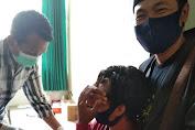 Anggota PPS di Lombok Tengah Nangis Saat Rapid Test.