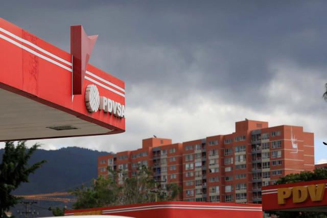 Analistas afirman que Venezuela debe pagar a bonistas para no arriesgar a filial de Pdvsa