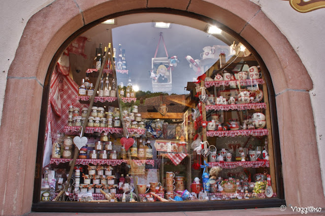 La vetrina di uno dei tanti graziosi negozi di Kaysersberg