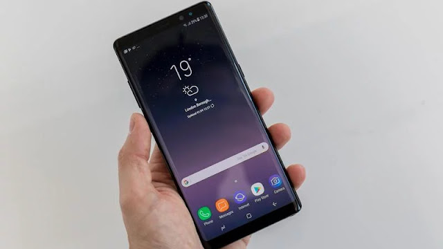 Samsung Galaxy Note 8 seperti tanpa bezel