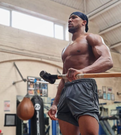 Check out this HOT photo of Anthony Joshua