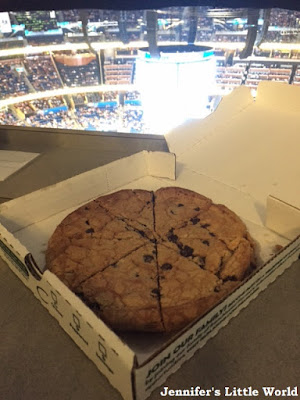 Pizza cookie at basketball game