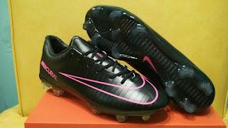 Nike Mercurial Vapor XI Blackout Pink