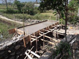 jembatan plat beton