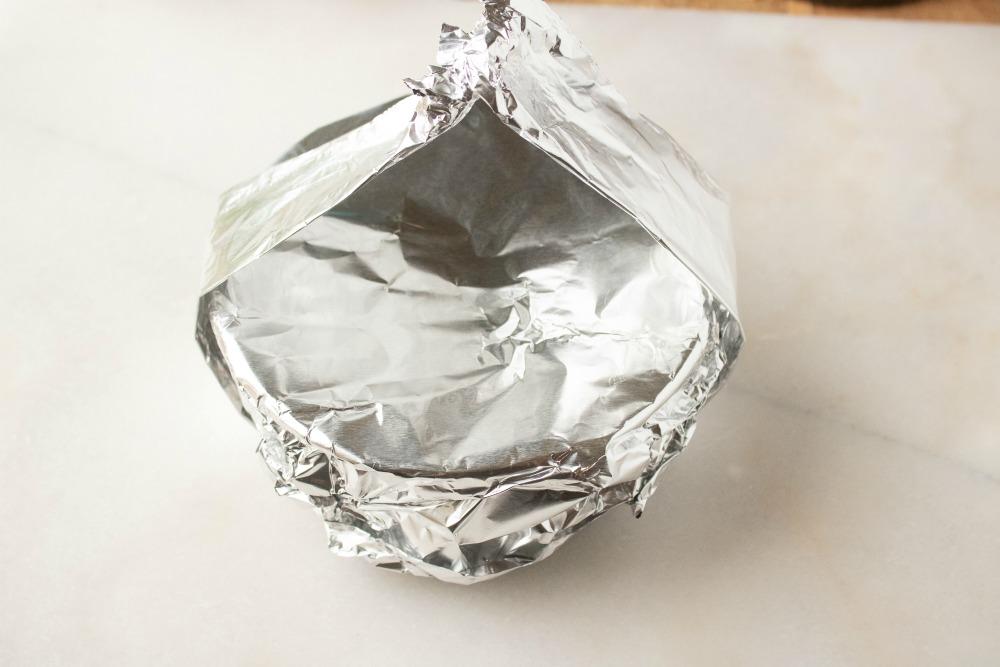 use aluminum foil in instant pot
