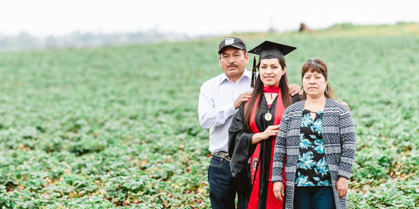 CSP graduate student Erica Alfaro and her parents.