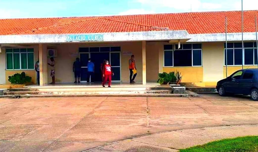 Após denúncia, Curuá muda papelada de compra sem licitação de material de expediente