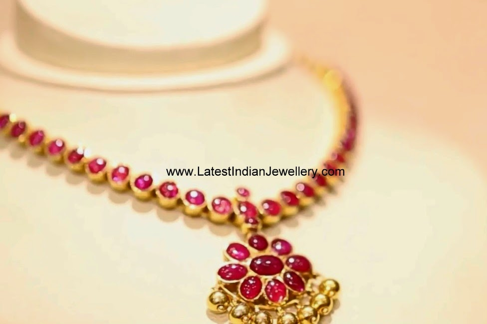 simple gold ruby necklace