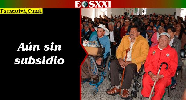 Adultos mayores, a la espera de su subsidio de Colombia Mayor