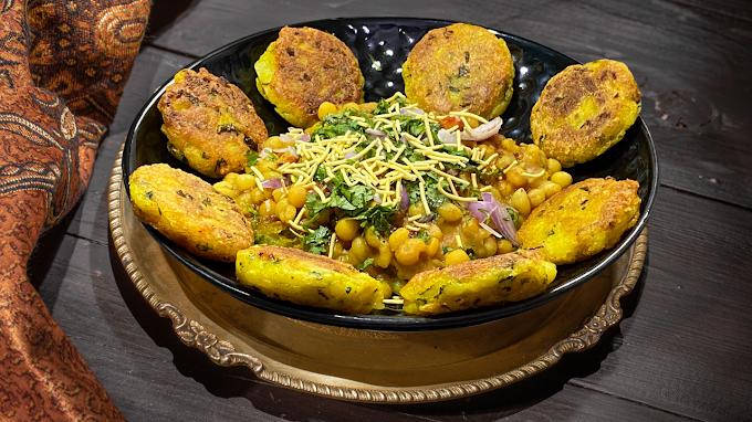 Ragda Patties Recipe - Mumbai Street Food