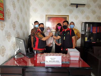 Kejari Kota Tangerang Sita Uang Tunai Dari Tersangka Korupsi Pengadaan CS di RS Sintanala, Korantangsel.com