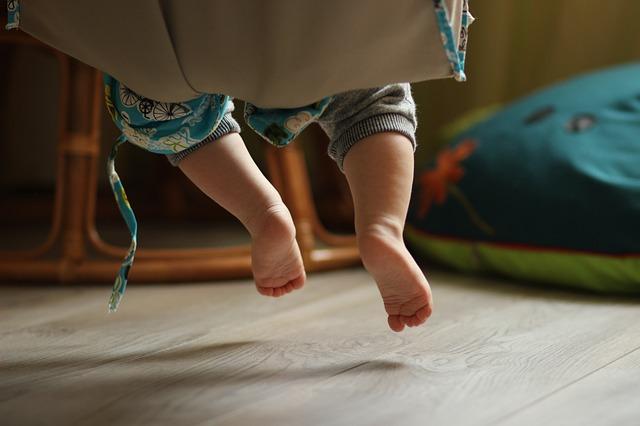 Amankah Penggunaan Ayunan Pada Bayi