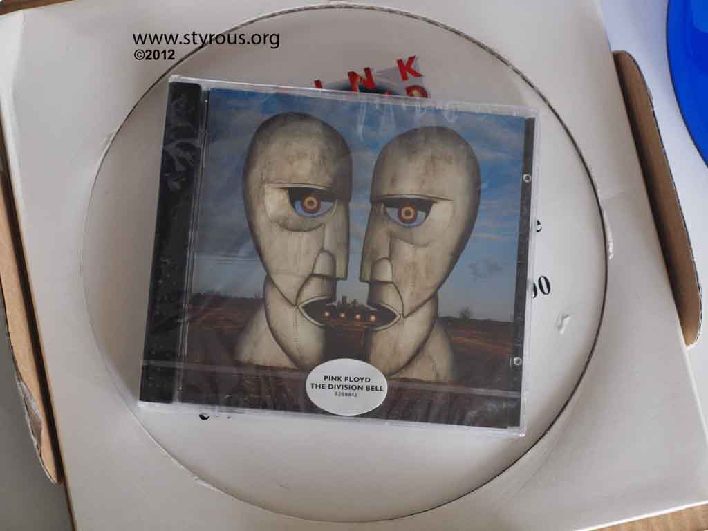 The StyrousR Viewfinder 1000001 CDs 1 Pink Floyd Division Bell CD
