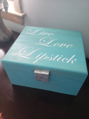 lipstick storage box