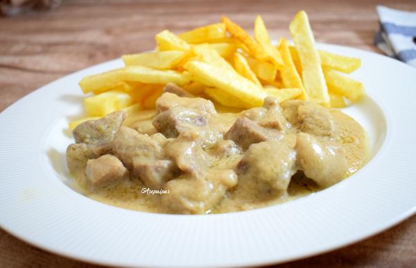 Carne en Salsa de Almendras. Vídeo Receta
