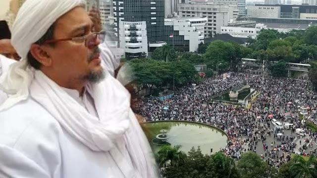 Pulang untuk Memimpin Revolusi, Umat Siap Jemput Habib Rizieq Shihab
