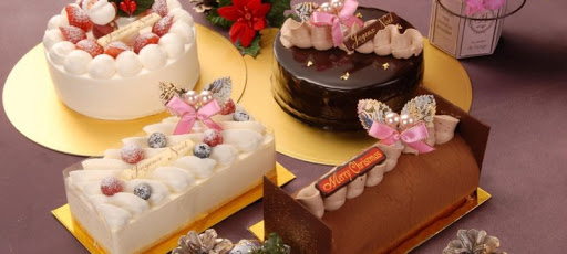 Why people love to Ordering Cakes in Surat?