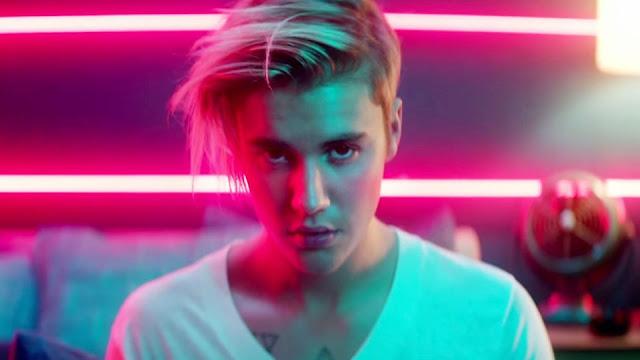http://download943.mediafire.com/84uek8nifdrg/0dgzjxdn39zzvfg/Justin+Bieber-+Don-t+Go+Far.mp3