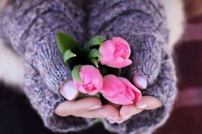 etre-bienveillant-avec-soi avec-des-fleurs