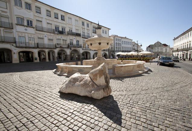 Evora-Praça do Giraldo