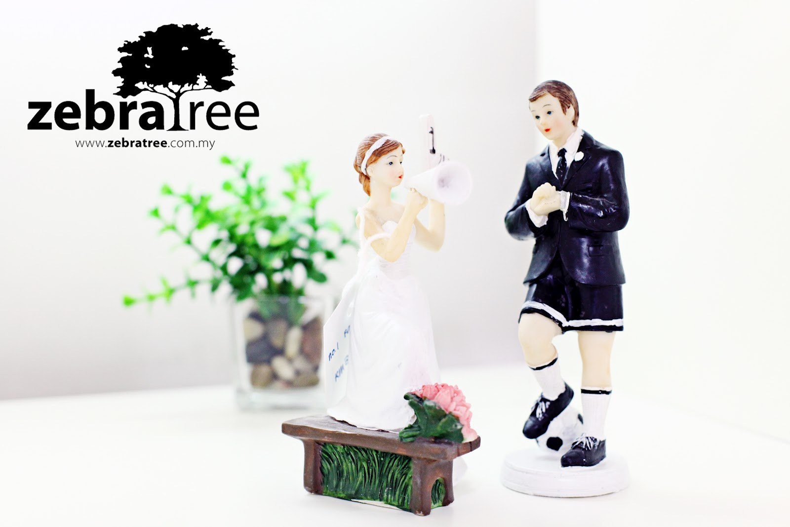 wedding cake topper malaysia zebratree quot no 1 fan quot wedding cake topper 26351