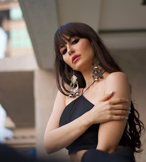 Arbaz girlfriend Hot Barbie Doll of B Town, Giorgia Andriani yet again hyped up the internet with her new avatar ....!