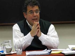 Gerardo Caetano - Milicos y tupas