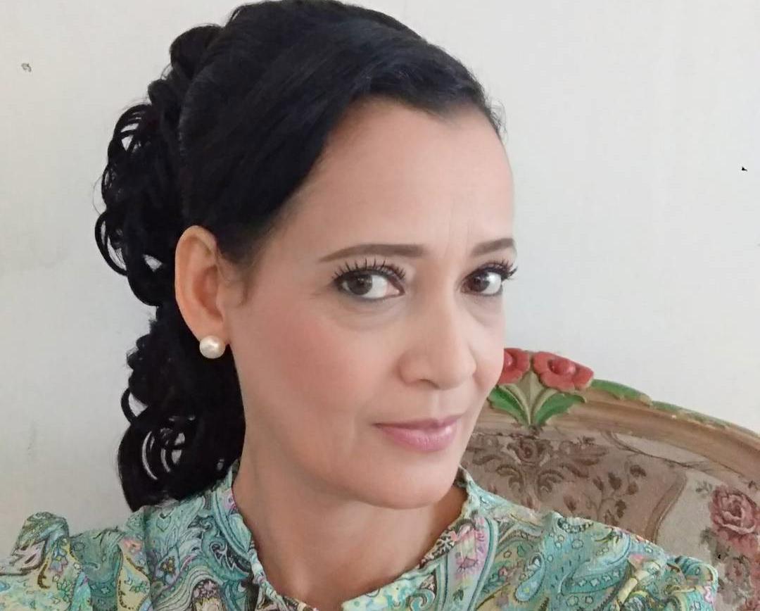 Ivanka Suwandi Pemeran Hasna