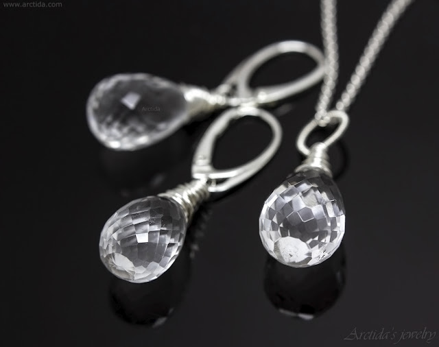 https://www.arctida.com/en/minimalism/150-rock-crystal-clear-quartz-necklace-sterling-silver-elsa.html