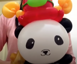 Ballontier großer Panda Bär zur Ballondekoration.