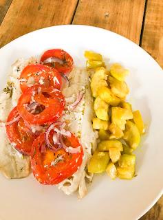 poisson blanc cuisiné avec des courgettes - chrononutrtion