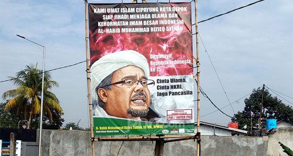 Pemerintah Juga Tertibkan Pamflet Habib Rizieq di Media Sosial