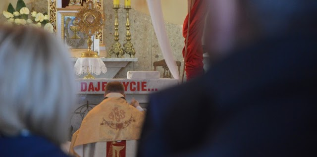 Transmisje na żywo z uroczystości kościelnych w tegoroczną Wielkanoc