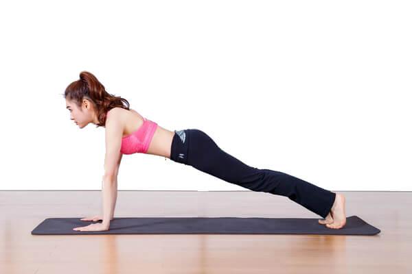 Bài tập yoga tăng cường sức khoẻ Plank