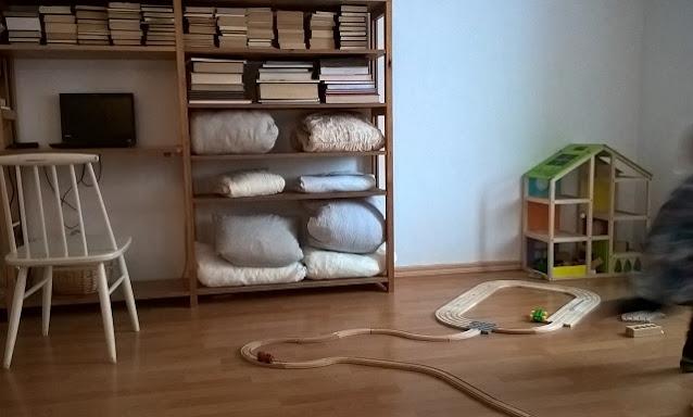 lapsiperheen pieni asunto