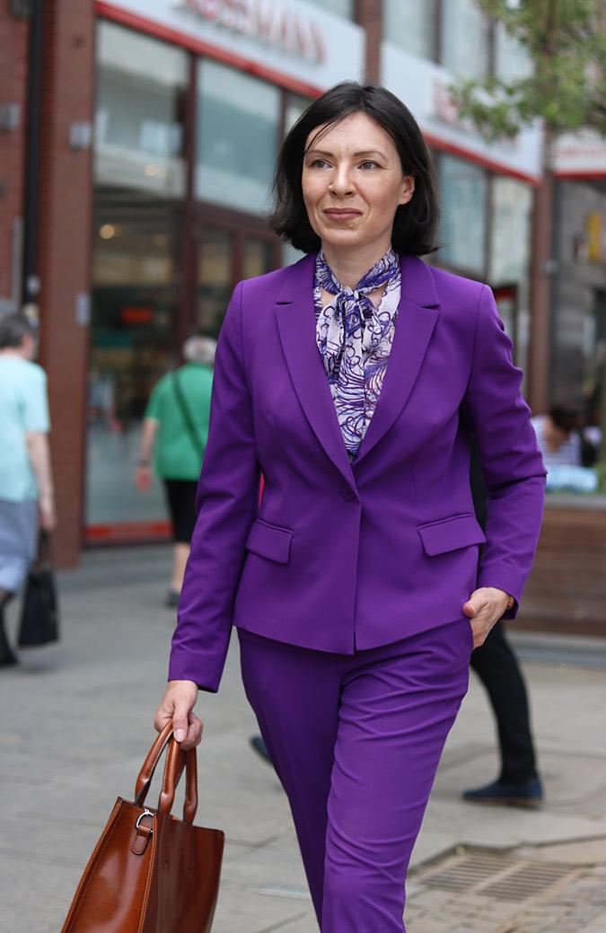fioletowy garnitur damski molton