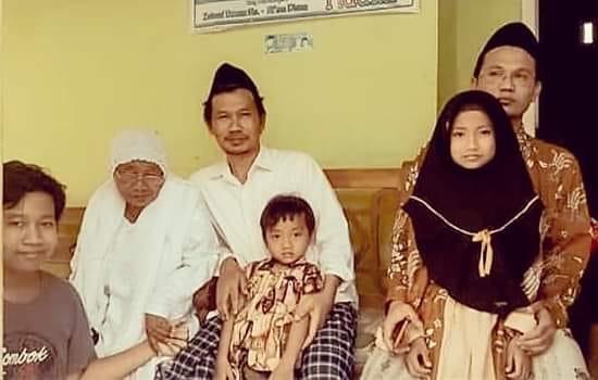 [Gus Baha] Anak Adalah penerus Agama Islam, Begini Cara Mendidiknya
