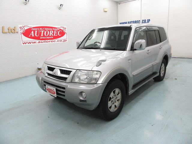 2003 Mitsubishi Pajero Super Exceed For PNG To Port Moresby