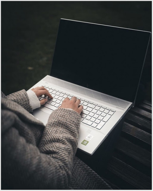 HP Envy 17, Sebuah Pilihan Laptop Layar Lebar;HP Envy 17 Review 2020;