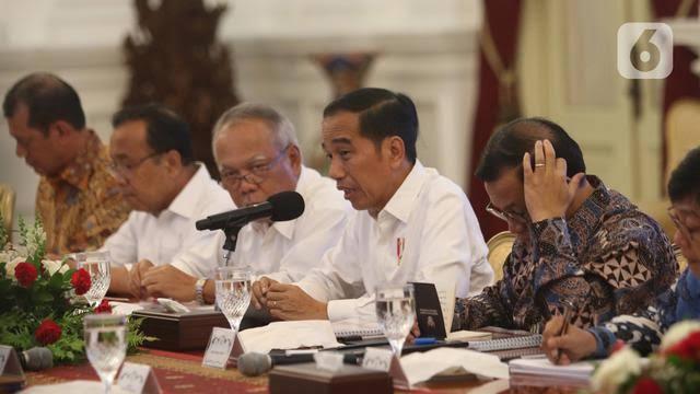 Presiden Pamer Tak Masuk 10 Negara Covid-19, Mantan Anak Buah Jokowi: Hati-hati Kalau Mengklaim Pak...