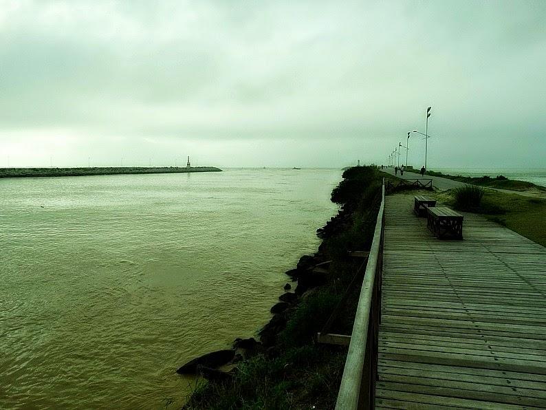 Molhes da Barra do Rio Itajaí-Açu, em Itajaí